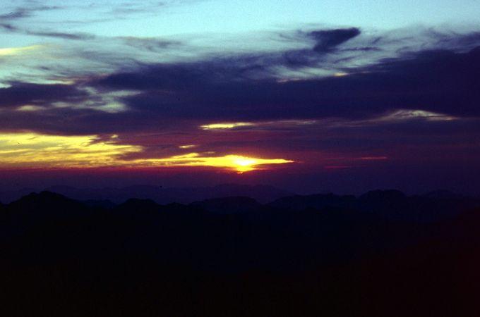 Sinai 05 - Sunrise at Sinai